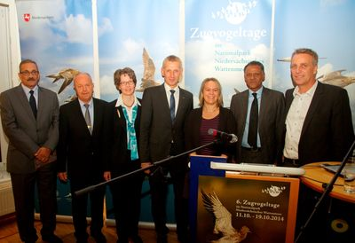 Sidi Mohamed Lehlou, Holger Barkowsky, Dr. Juliane Köhler, Peter Südbeck, Dr. Jutta Leyrer, Maitre Aly Mohamed Salem and Stefan Wenzel. I. Zwoch.